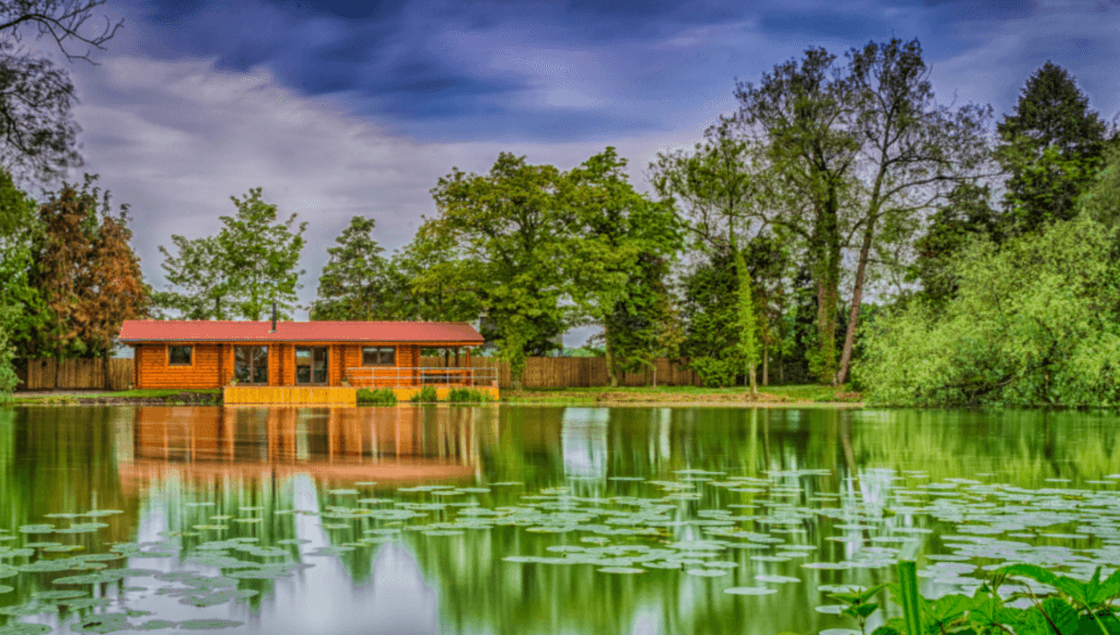 Willow Waters Fishing Lakes & Log Cabins