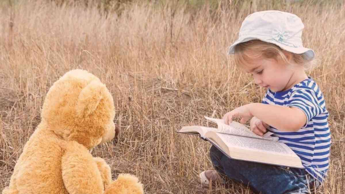 10 Outdoor Literacy Activities for Kids