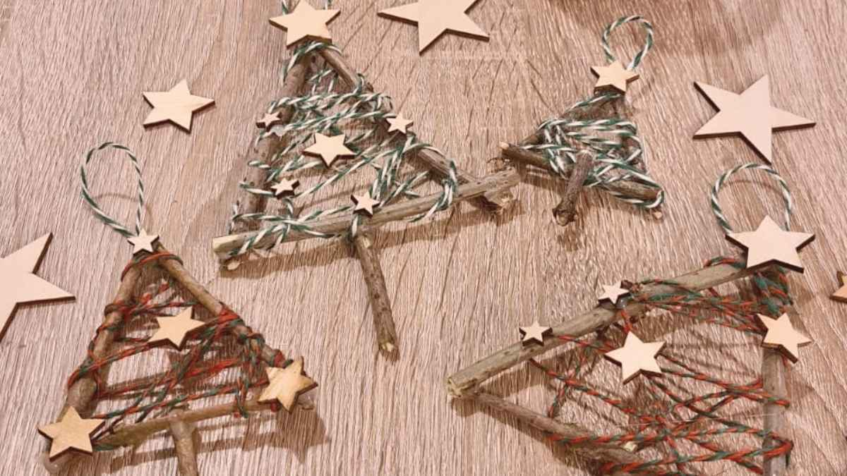 Tutorial Twig Christmas Trees! A Simple Christmas Activity for Kids
