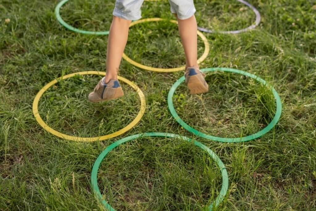 Kids Hoop Jumping Obstacle Course For Kids