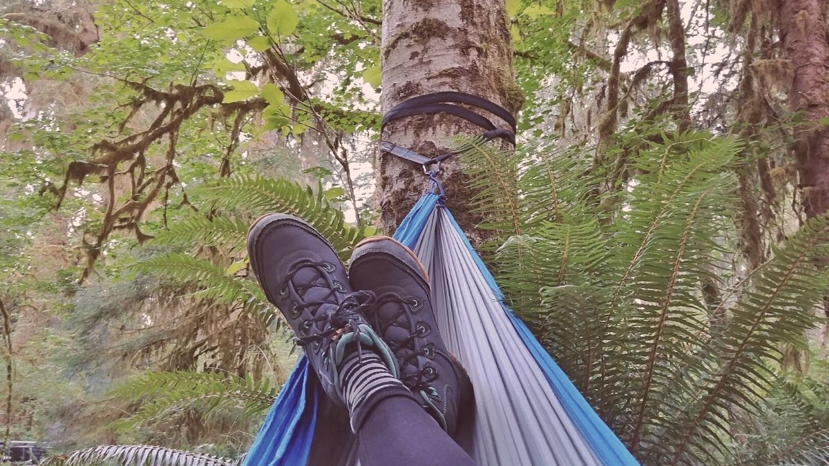 5 of the Best Travel Hammocks for Camping, Hiking and Outdoor Adventure