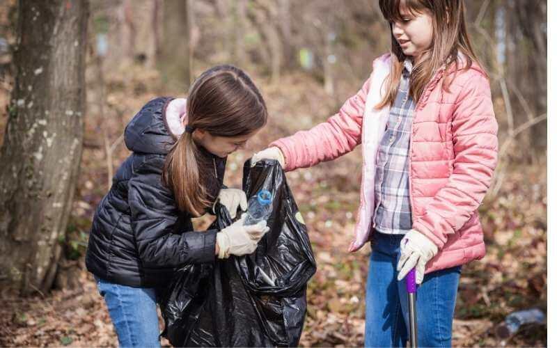Kids Litter Picking Safely