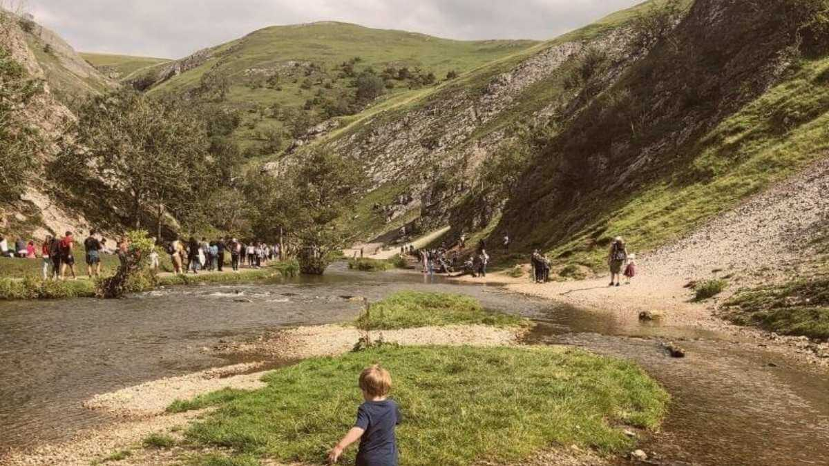 5 Of The Best Family Walks In The Peak District