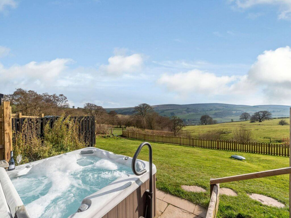 Tack Cottage secluded holiday cottages with stunning views